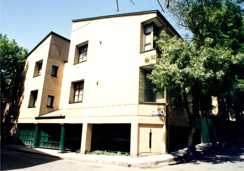 ساختمان مسکونی شهریاری