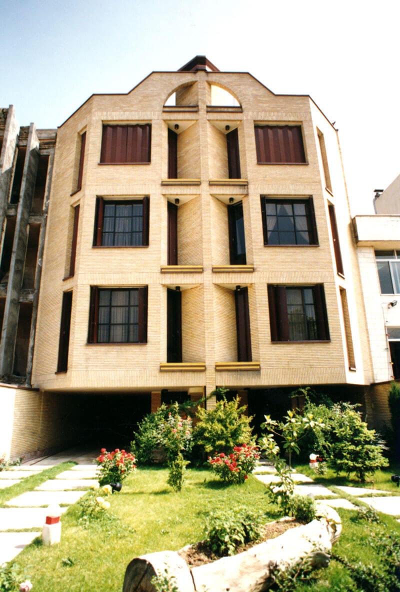 ساختمان مسکونی ظفر