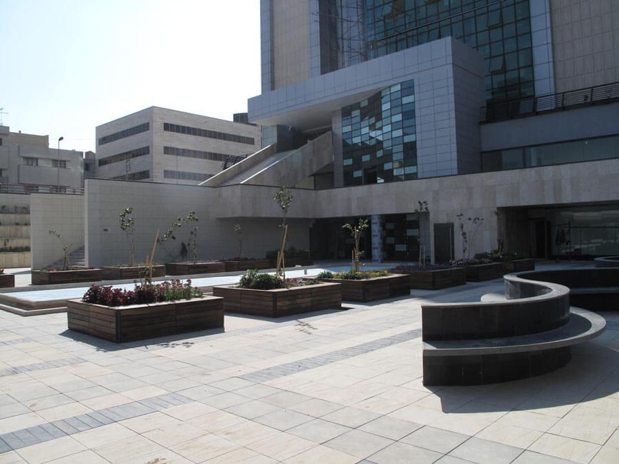 معماری میدان فرش تبریز