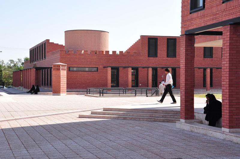 معماری ساختمانهای اداری بم