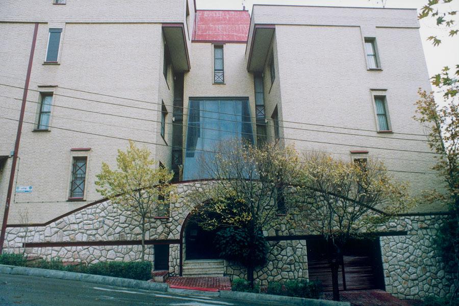 ساختمان مسکونی جهانتاب