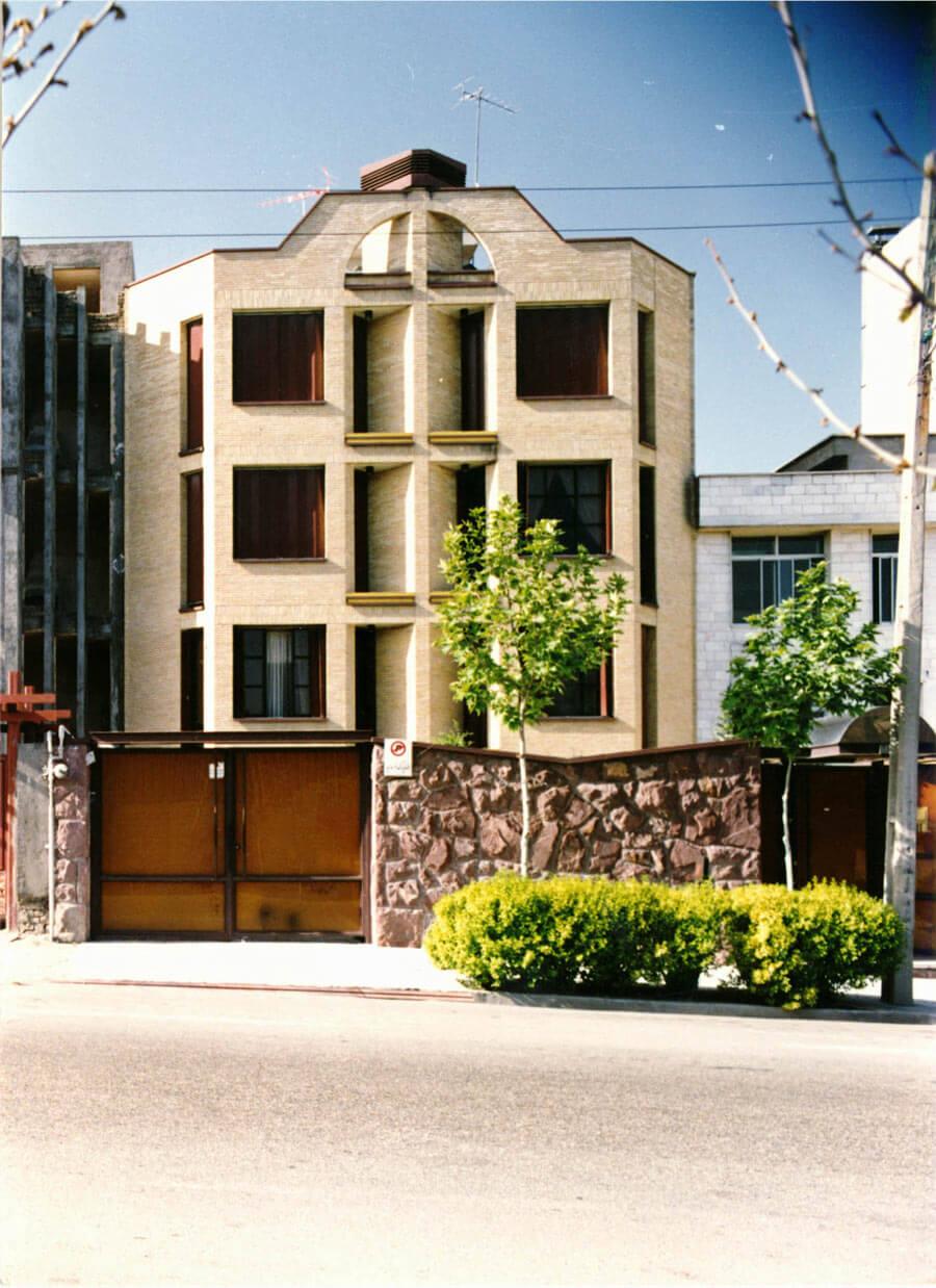 معماری ساختمان مسکونی ظفر
