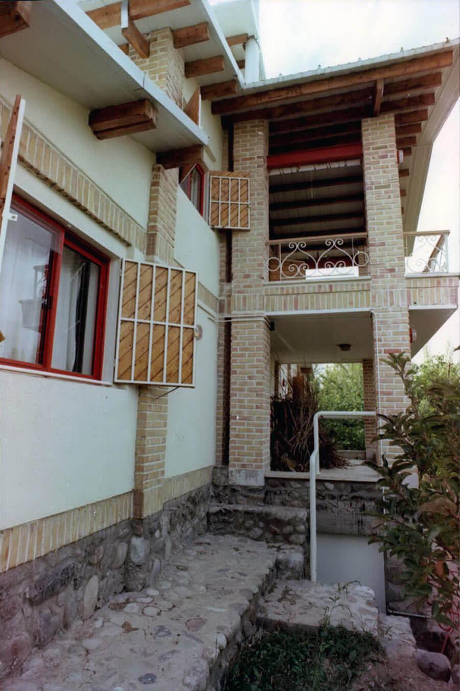 خانه مسکونی فرهنگ شارستان