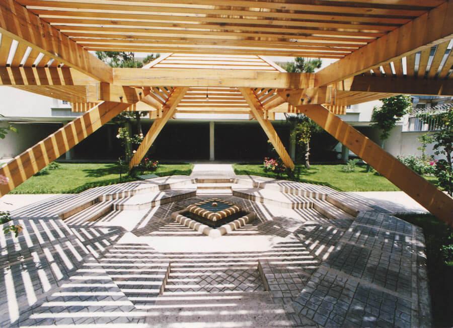ساختمان مسکونی صداقت شارستان