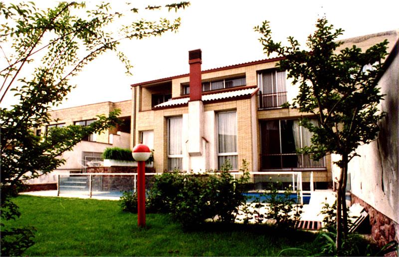 ساختمان مسکونی کلهر