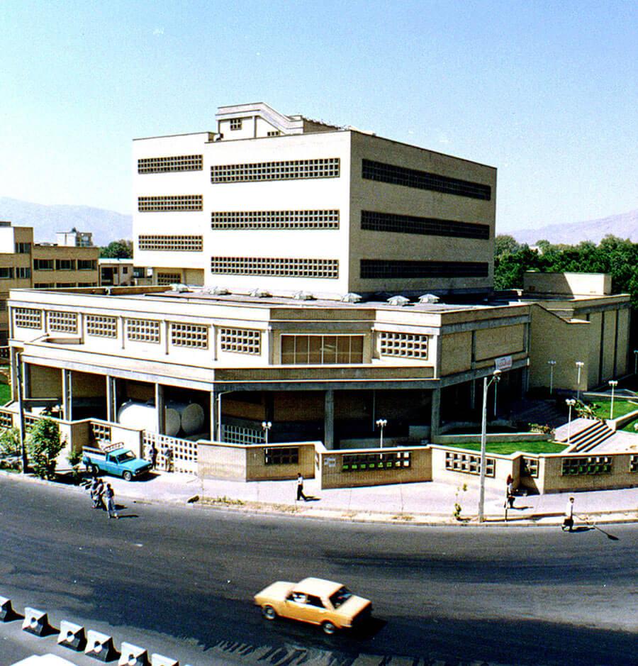 معماری ساختمان کتابخانه شیراز