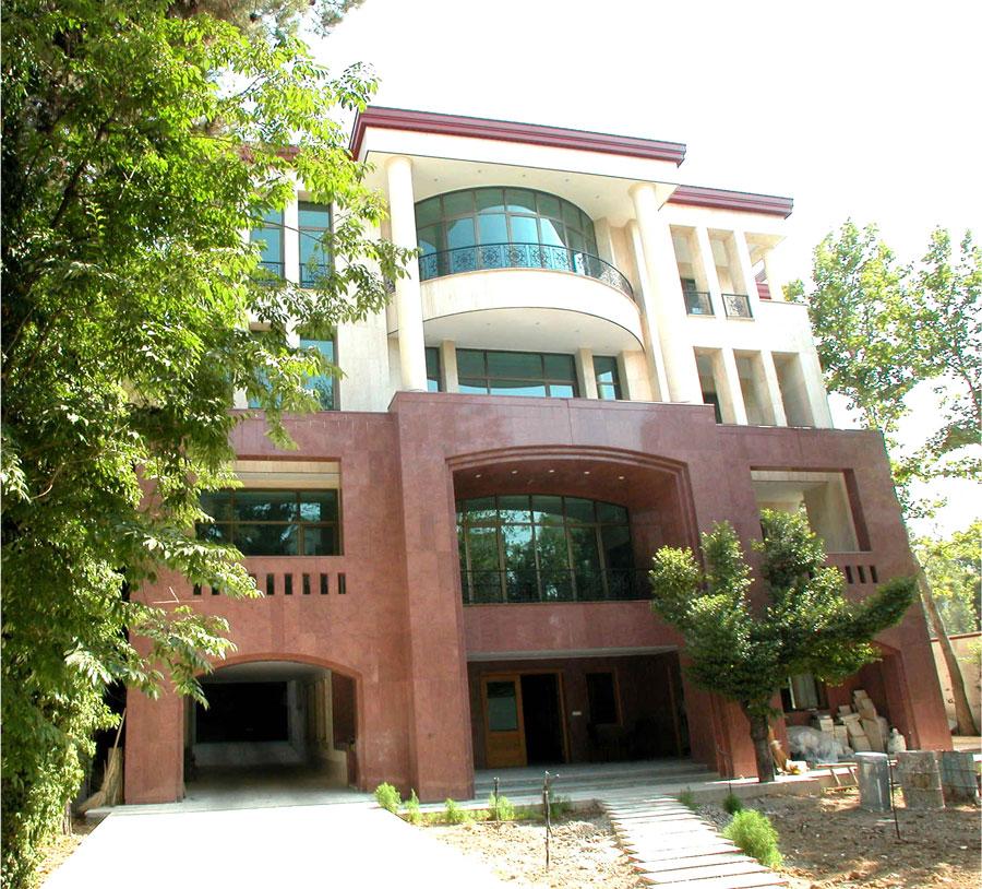 ساختمان مسکونی پرهیزکار