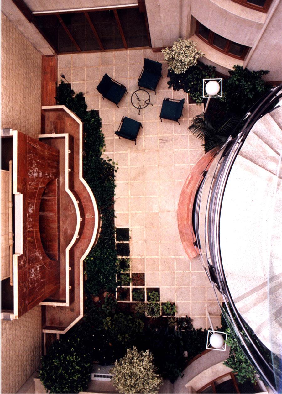 ساختمان مسکونی بابازاده شارستان