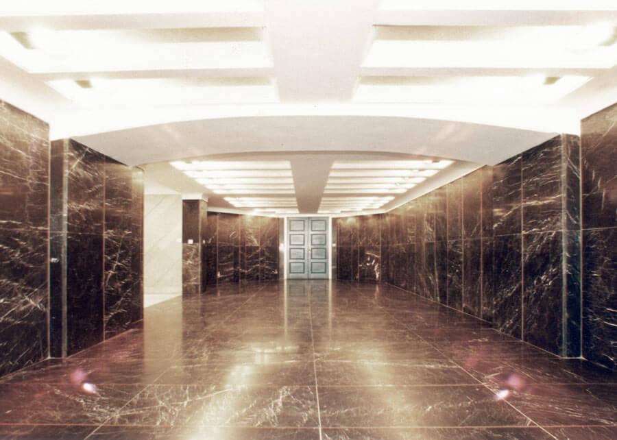 معماری ساختمان اداری رضا